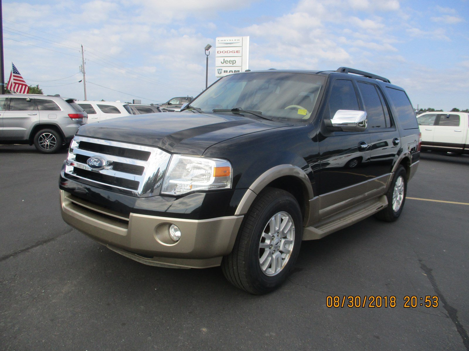 Pre owned 2014 ford expedition