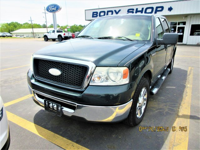 PRE-OWNED 2006 FORD F-150 RWD CREW CAB PICKUP