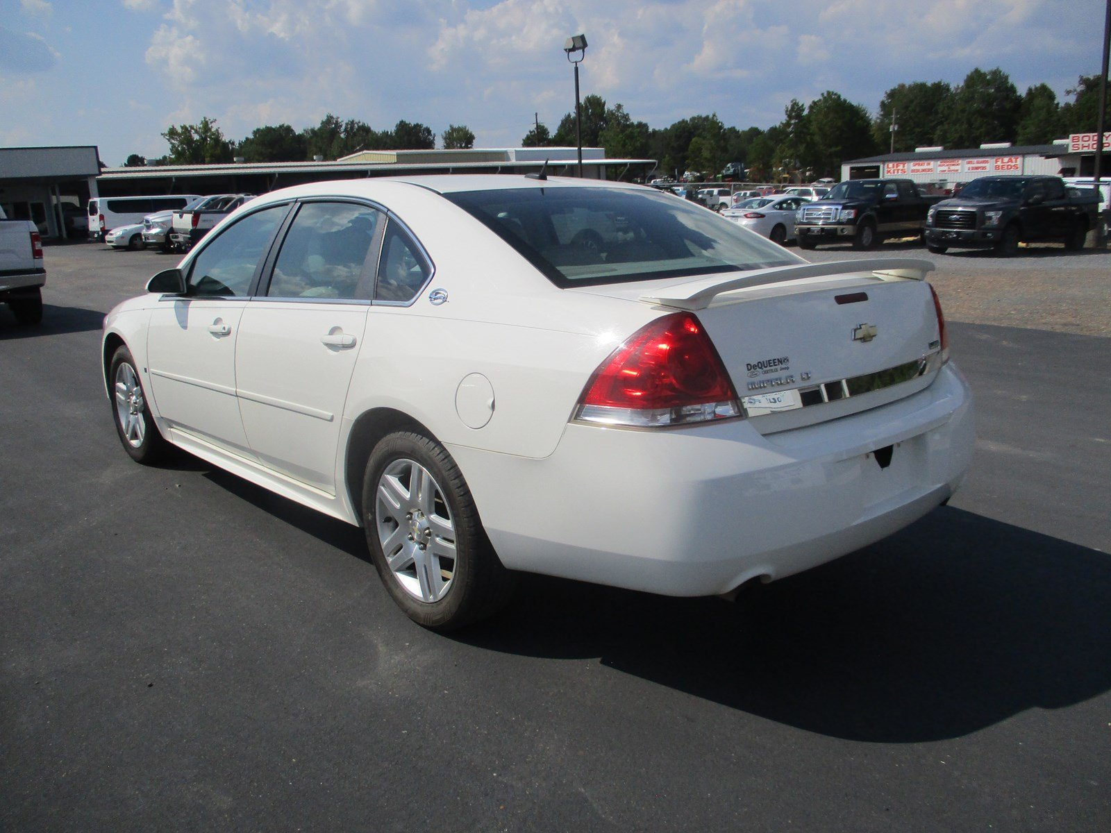 Pre Owned 2009 Chevrolet Impala 3 9L LT 4dr Car in De Queen