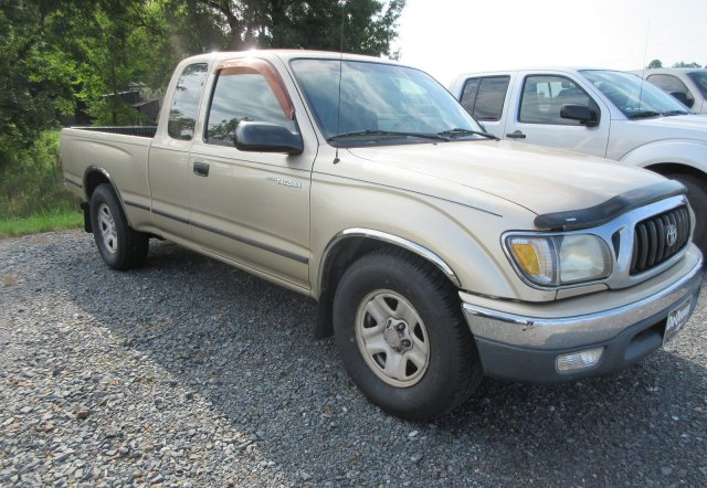 Pre-Owned 2004 Toyota Tacoma