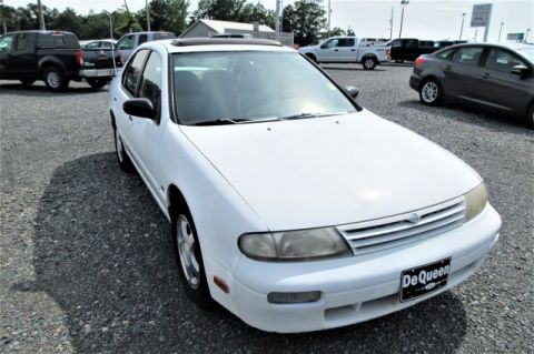 Pre-Owned 1997 Nissan Altima