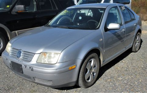 Pre-Owned 2003 Volkswagen Jetta Sedan GLS FWD 4dr Car